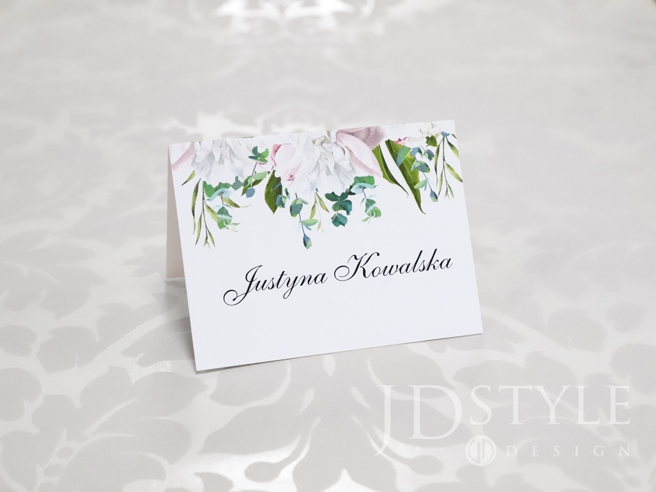 Wizytówki na stoliki weselne piwonie różowe i eukaliptus FL-48-W
